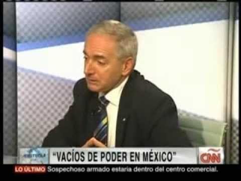 VACÍOS DE PODER EN MÉXICO. Edgardo Buscaglia con Carmen Aristegui (Nov. ...