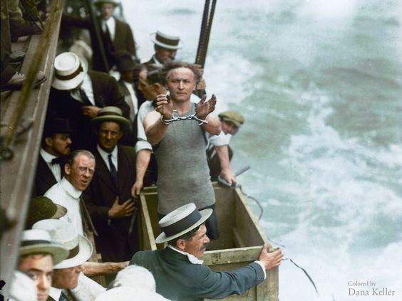 38 fotografias históricas que nunca viu a cores - Observador