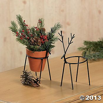 Reindeer Pinecone Holders - Could possibly make these as well....