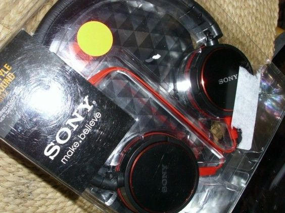 Brand NEW/SEALED Genuine Sony MDR-ZX600 (Black) Premium On-Ear Stereo  #Sony
