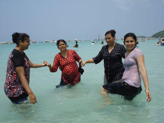 Desi Village Teen Bathing Nude Pictures 89