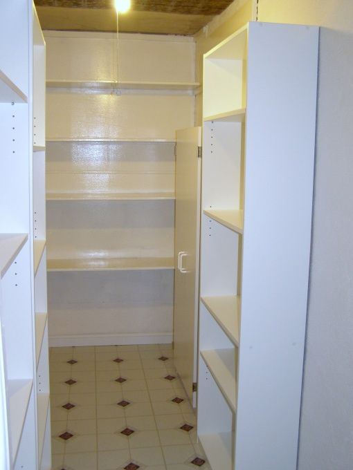 Best Old Original Walk In Pantry From The Early 1920S Very 400 x 300