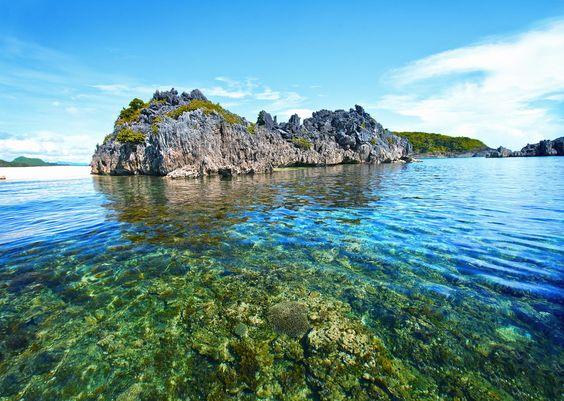 philippines thotos | manila beach 550x391 Manila, Philippines