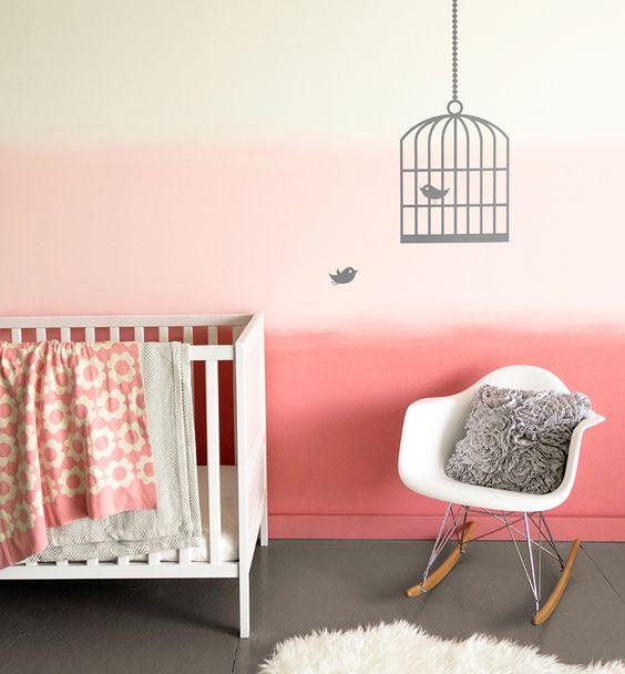 Peinture tendance d grad rose pastel dans la chambre b b fille peinture murale chambre b b for Peinture murale chambre enfant