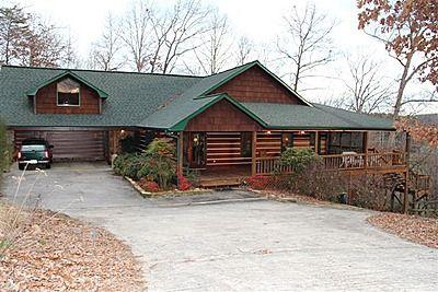 492 Bailey Farm Dr, Mineral Bluff, GA 30559