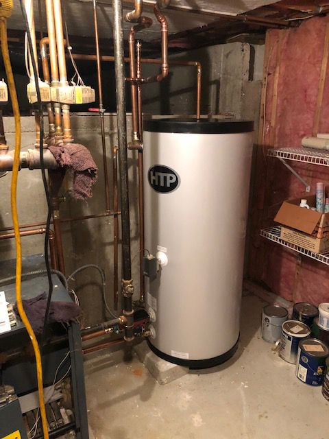 Leaking Water Heater Replacement With Images Water Heater
