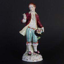 "Sitzendorf Thüringen Porzellanfigur ""Galanter Herr mit Rose"" farbig handbemalt"