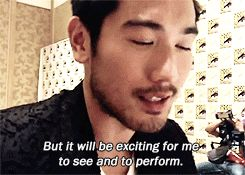 Godfrey Gao Talks About a Future Malec Kiss in Comic Con Interviews | TMICanada