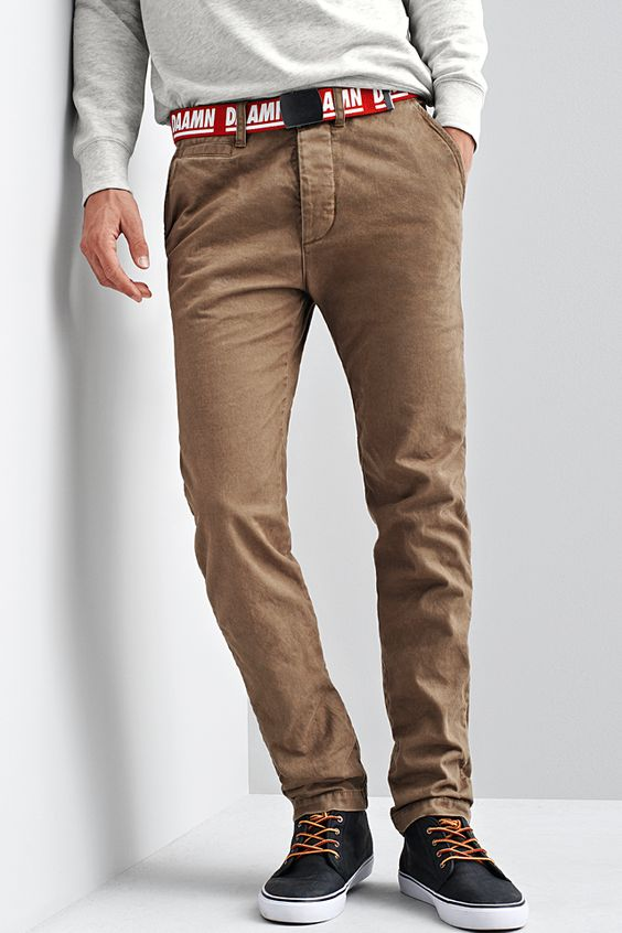 Find great deals on a variety of Slim Fit Men's Chinos, Straight Leg Men's Chinos and more at Macy's. Macy's Presents: Mens Chinos. Discover the light, comfortable feel of men's chinos. These handsome pants are made entirely of cotton in a fine type of twill weave.
