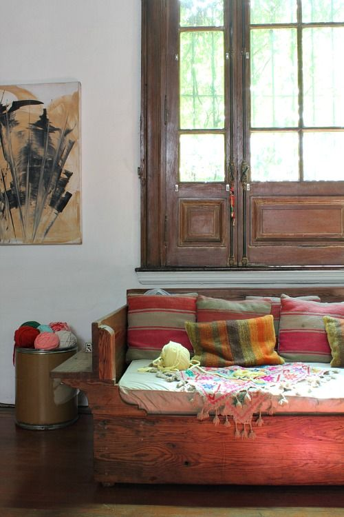Wooden Couch Day Bed And Daybed Ideas On Pinterest