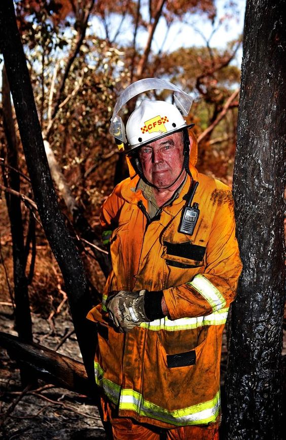 One of our chief maintenance and construction volunteers is featured on the front page of today's The Advertiser. As well as volunteering on the Heysen Trail, John Potter is a volunteer with his local Cudlee Creek SA Country Fire Service, and is among an army of volunteers doing 12-hour shifts to protect life and property in the Adelaide Hills bushfire.