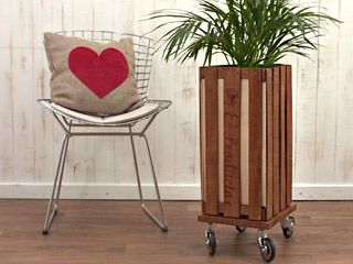 Manualidades and pillows on pinterest - Manualidades con cajas de madera ...