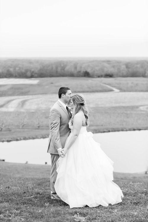 Spring Wedding At Mapleside Farm Kyle Amanda Akron Ohio Wedding Photographer Ohio Wedding Photographer Ohio Wedding Venues Ohio Wedding