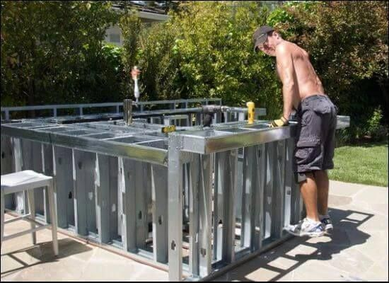 Do You Know How To Build An Outdoor Kitchen With Metal Studs If Not You Re In The Rig Build Outdoor Kitchen Outdoor Kitchen Plans Outdoor Kitchen Countertops