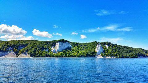 Die Unterkunft befindet sich ganz im Nordwesten der Insel Rügen.Umgeben von Ostsee und Bodden sind Sie auf der Halbinsel Wittow.