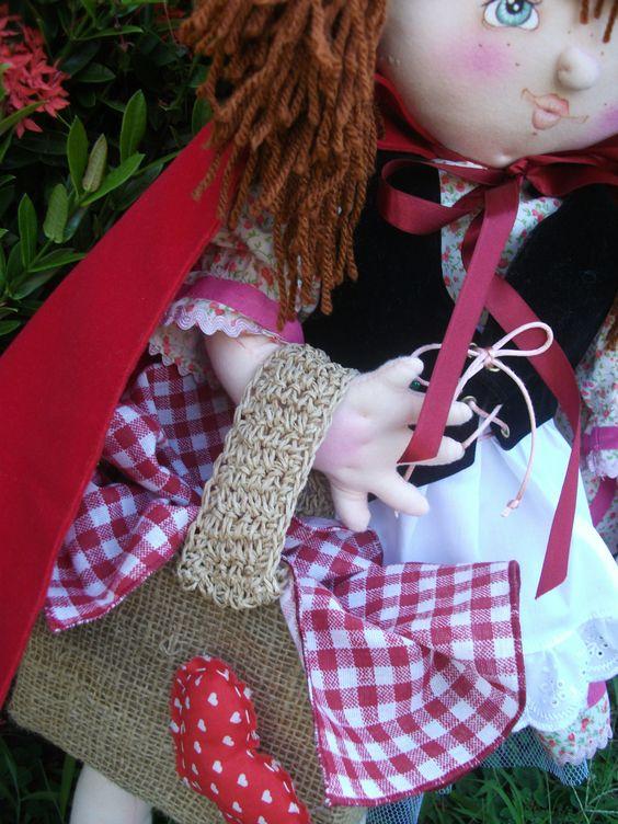 @ Boneca Chapeuzinho Vermelho (parte integrante do Tema Chapeuzinho Vermelho). Projeto original da HandFactory by Vera Lemos.3