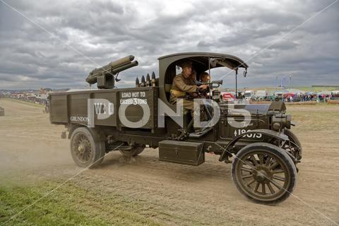 A 1915 Ww1 Pierce Arrow R8 Lorry Sv 4680 Stock Photo 114573830 Stock Photos Lorry Photo