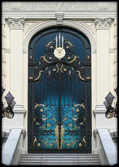 Royal door, Bangkok, details, ornaments, steps, beauty, entrance, doorway, portal, gate, curve, beauty, architechture, photo