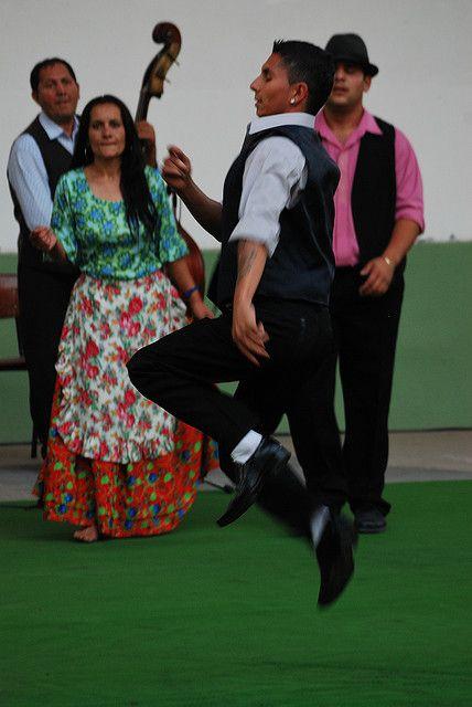 *gypsy dancer.*: