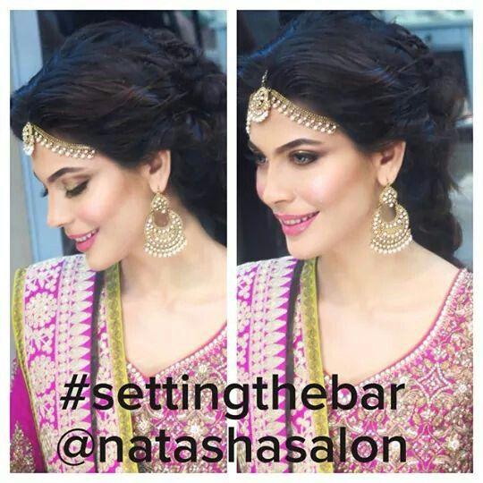 Maatha patti. Bindya. Natasha salon. Shocking pink Green. Pakistani bride. Dewy makeup.