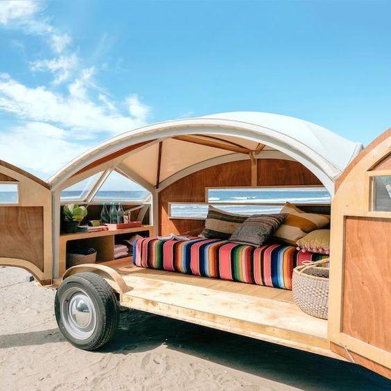Hütte Hut: A high-design trailer fit for the beach.