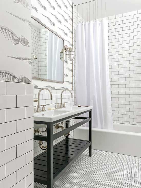 This Designer Home Is A Gorgeous Mix Of Modern And Traditional White Bathroom Designs Kids Bathroom Design White Bathroom Tiles