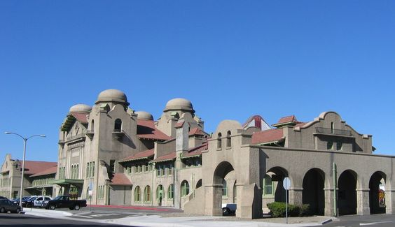 Santa_Fe_Station_and_Harvey_House,_San_Bernardino,_California.jpg 1,345×777 pixels