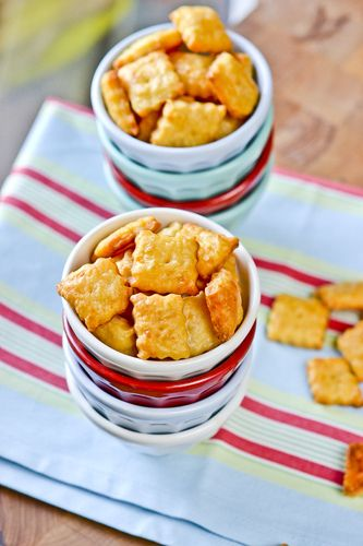 5 ingredients .. Make your own soon-to-be-favorite cheese crackers right at home. Couldn't be any easier.