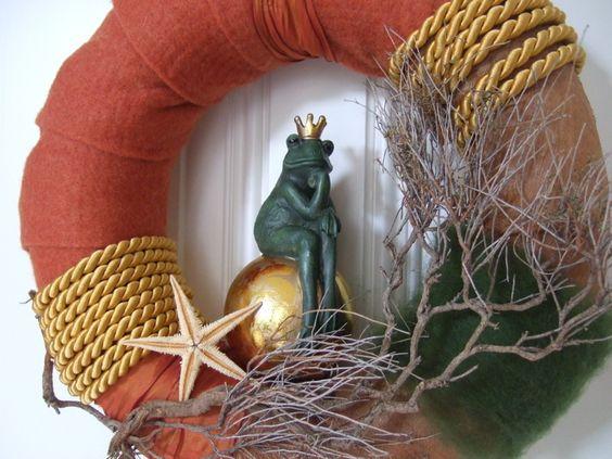 Tür- oder Wandkranz - sehr natürlich & stilvoll -  mit Froschkönig ...