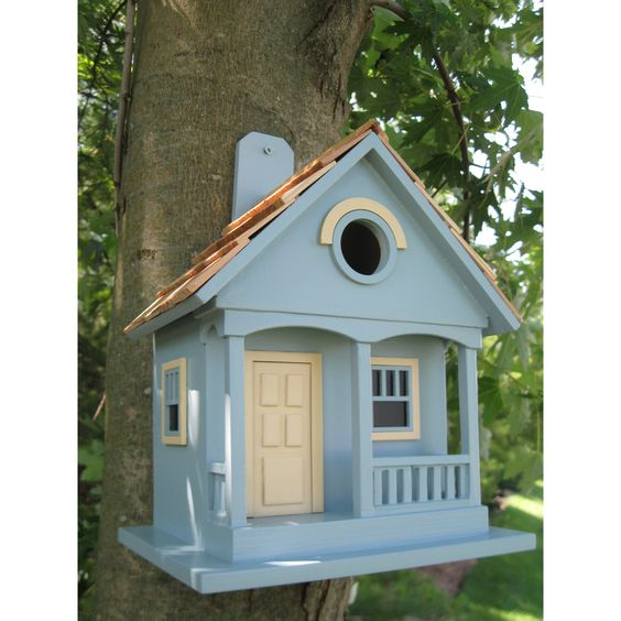 Birdhouse, too cute!: