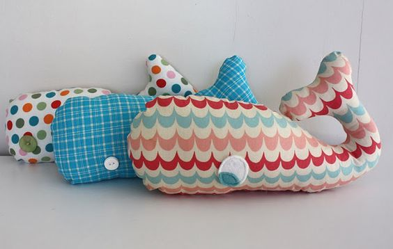Whale softie. I love that scalloped fabric on the whale in the front! Wonder where I can get some...