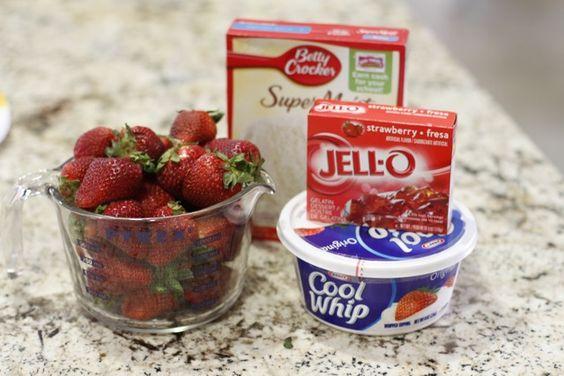 Strawberry Jello Cake Recipe With Pudding: Jello, White Cake Mix, & Cool Whip