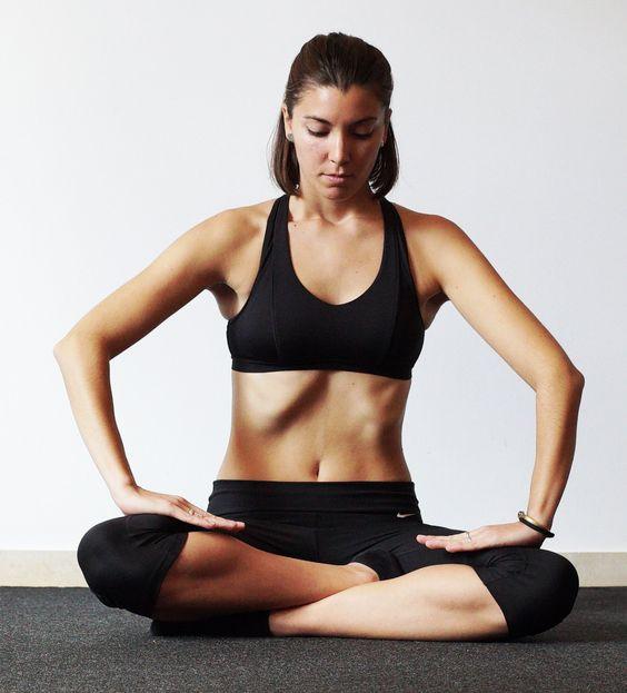 5 Ejercicios hipopresivos para lograr un abdomen de acero