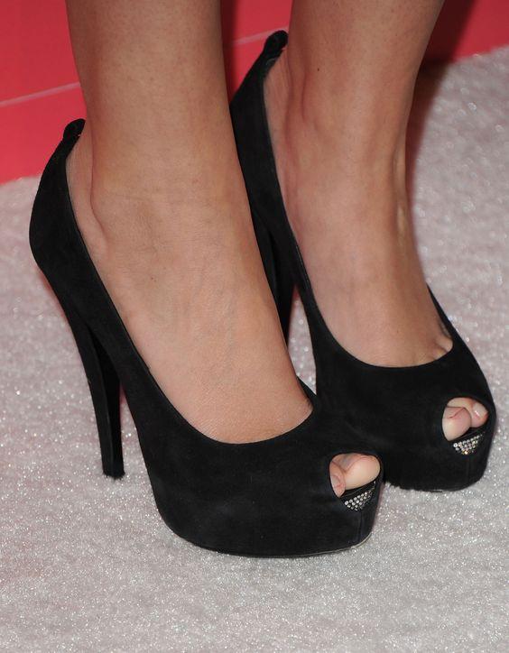 Odette Annable's High Heels ...XoXo