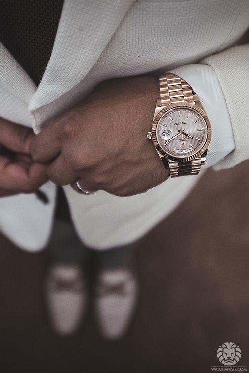 ใส่นาฬิกาโรเล็กซ์