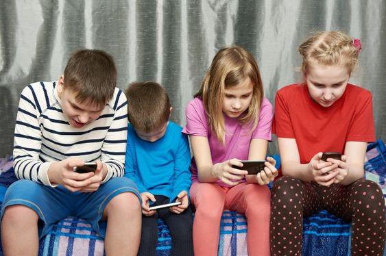 La adicción al celular ocasiona ansiedad y desmemoria: IMSS -