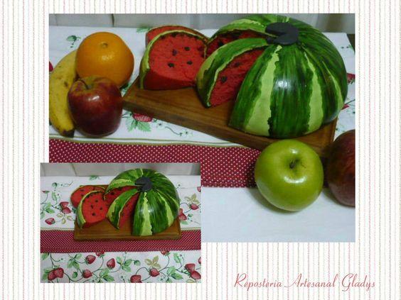 "Watermelon Cake. Facebook: ""Repostería Artesanal Gladys"""