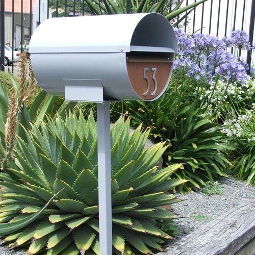 mid century modern new zealish mailbox:
