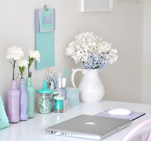I love the light colors used for this office desk.
