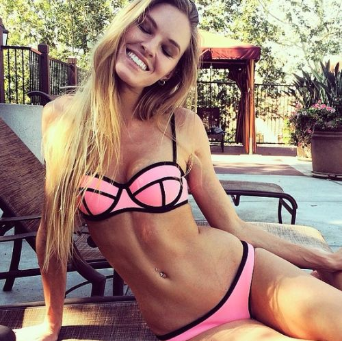 Check out the hottest girls in bikini we found on the internet! #Babes #Sexy…