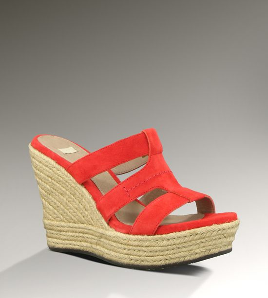 #UGG Platform #Sandals: Rooted in a resort-couture aesthetic, the Tawnie stands tall with a 4 ½-inch, jute-wrapped platform wedge and rich suede upper. At once easy and upscale, a Poron®-cushioned footbed and beachy sensibility create the quintessential summer slide.