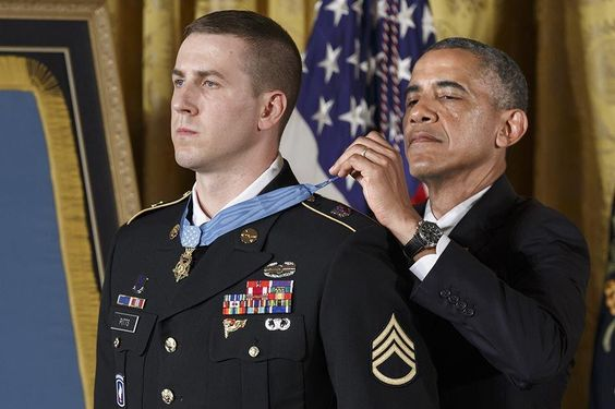 Afghan vet who fought wounded gets Medal of Honor