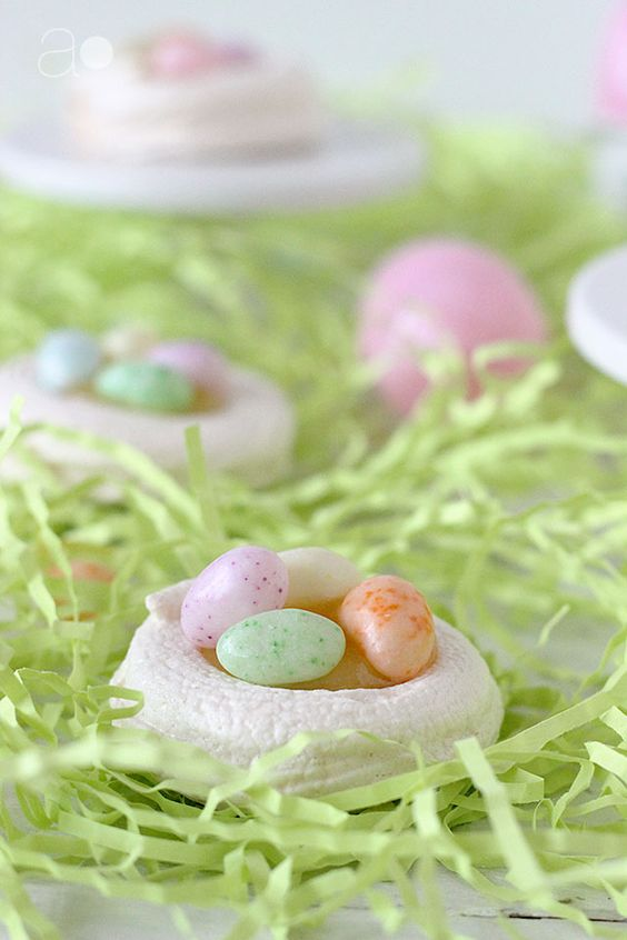 Easter Egg Meringue Nests – I love this idea!
