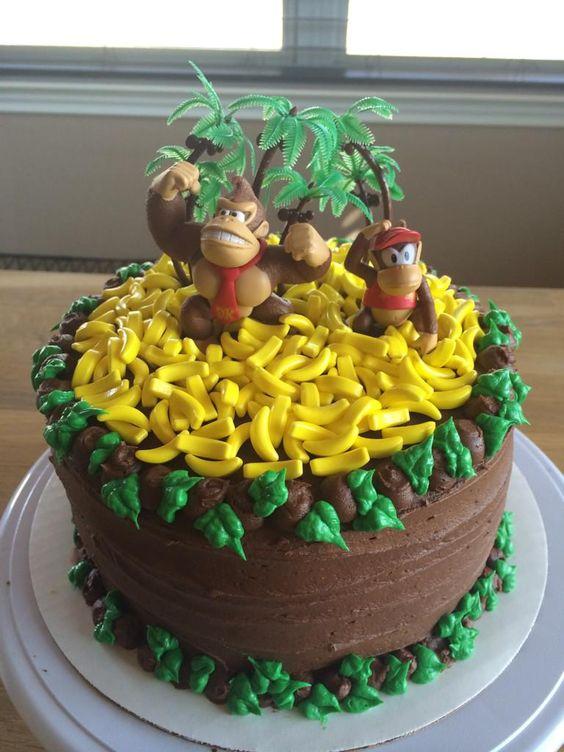 """Mrs.Deuce made me a birthday cake!""  Donkey Kong cake"