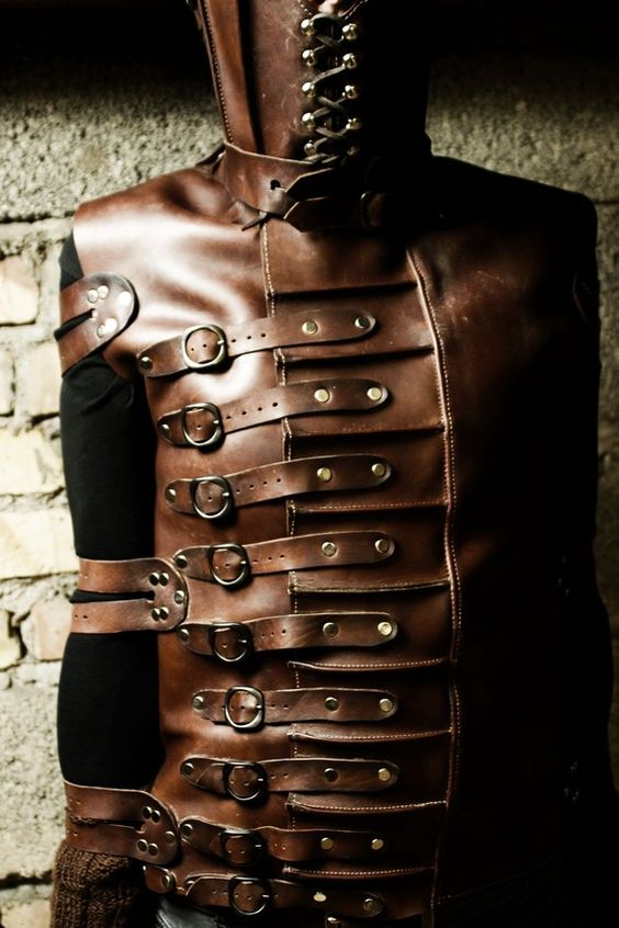 Brown buckle vest / shooting outfit / promotion video costume