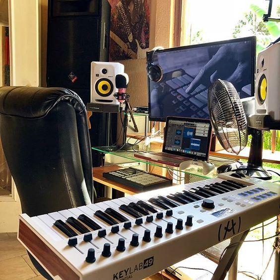 11 Awe Inspiring Small Music Studio Ideas For Apartments Music Studio Room Home Studio Music Recording Studio Home