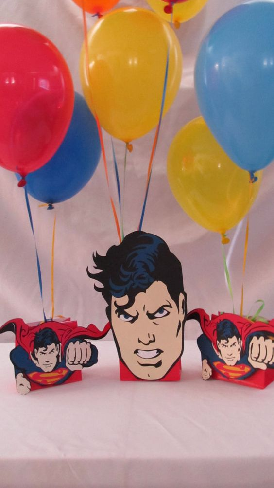 Superman party centerpieces and on