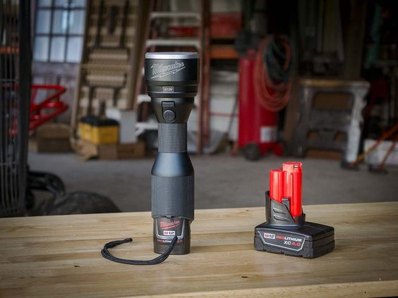 If you're looking for a modern #flashlight that feels more like a tool than a toy, look no further than the #MilwaukeeTool M12 #LED Metal Flashlight.   #jobsite #construction #lighting  http://www.protoolreviews.com/tools/safety-workwear/milwaukee-m12-led-metal-flashlight/25679/