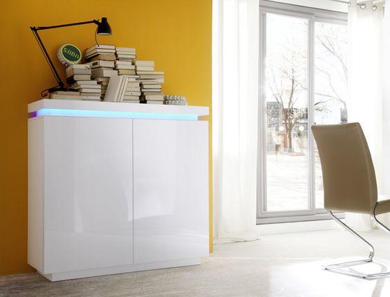 Sideboard Noah III mit RGB-LED Farbwechsel Beleuchtung inklusive Fernbedienung eine der 4 Noah-Kollektionskommoden 1 x Sideboard push-open Funktion mit 2 Türen und...