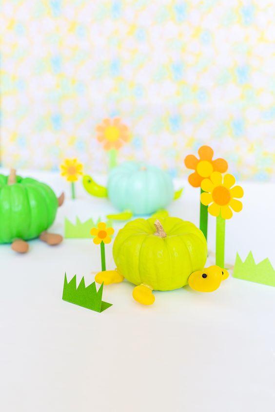 » DIY Turtle Pumpkins